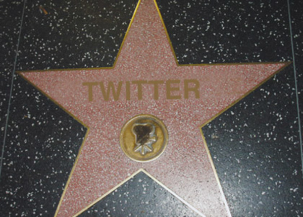 26_Twitter-Hollywood-Star1_420